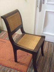 Stuhl mit Kissen - vorhanden 2