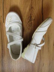 Festliche Mädchenschuhe für Erstkommunion oder