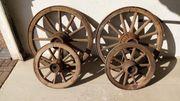 4 Holzwagenräder