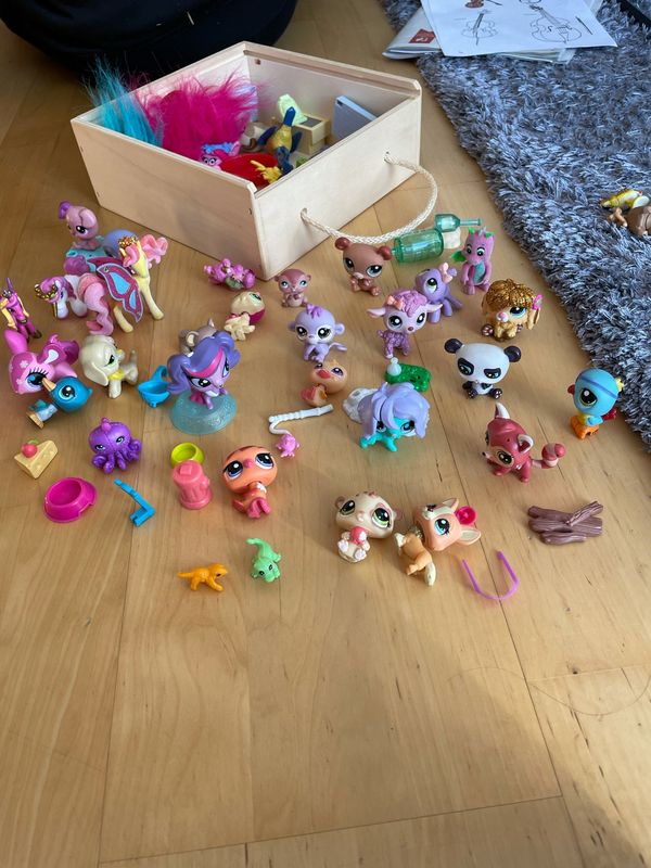 Surprise pets Figuren verschiedene Spielsachen