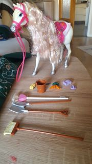 Glitzstein Melody Barbie Pferd