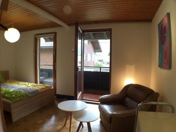 Nettes Wintersaison WG Zimmer mit Balkon