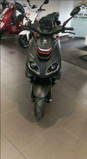 Peugeot Motorroller neuwertig inklu Erstinspektion