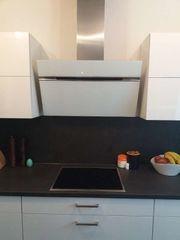 Wunderschöne neuwertige Küche Hochglanz weiß