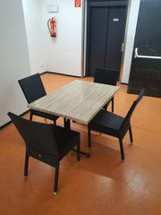 Gartenmöbel Gastro Tisch und Stühle