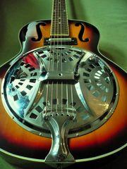 Resonator Gitarre mit Lipstick Tonabnehmer
