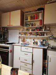 Küchenmöbel und Herd