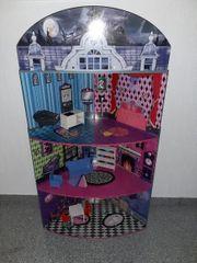 Großes Monster High Haus