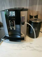 JURA Kaffeevollautomat E8 Modell 2018