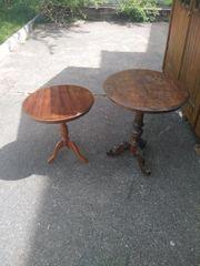 Zwei beistell Tische