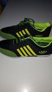 Sneakers Turnschuhe Sportschuhe Neu