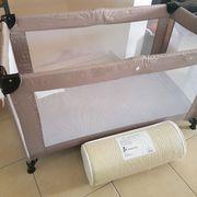 Kinderreisebett mit Matratze