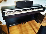 E Piano Yamaha Arius 141