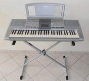 Keyboard Yamaha PSR-295