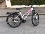 Mountain Bike Hardtail fuer Maedchen
