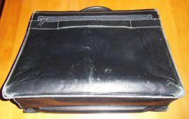TOP - Lederaktentasche von BUGATTI in: Kleinanzeigen aus Offenbach Rosenhöhe - Rubrik Taschen, Koffer, Accessoires