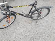 Dringend Fahrrad reparaturbedürftig