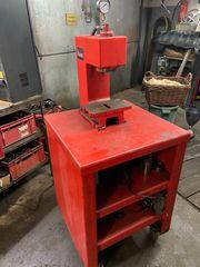 Elekrto-hydraulische Werkstattpresse