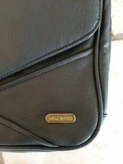 NEU - Schwarze Handtasche