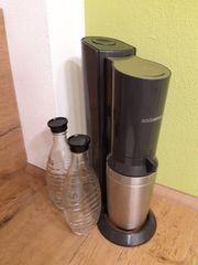 Sodastream mit 2 x Glaskaraffen