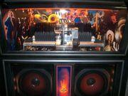 Musikbox Jukebox mit sichtbarer Abspielung