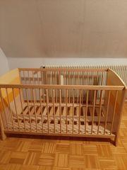 Kinderbett mit Matratze Wickelkommode mit