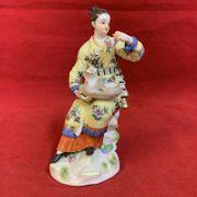Wunderschöne Meissen Porzellan Figur Japanerin