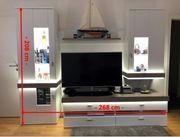 Wohnzimmerschrank Schrankwand weiß mit LED wie