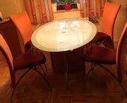 Essgruppe Tisch und Stühle
