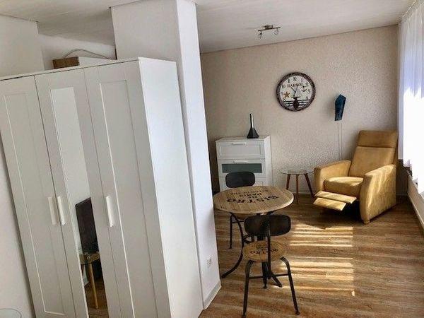 Schöne möblierte 24 m2 Pendlerwohnung
