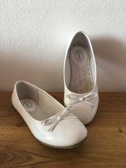 Schuhe für die Erstkommunion