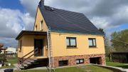 Professionelle Dach und Fassadenbeschichtung Einheimisches