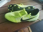 Nike Fussballschuhe WIE NEU 1X