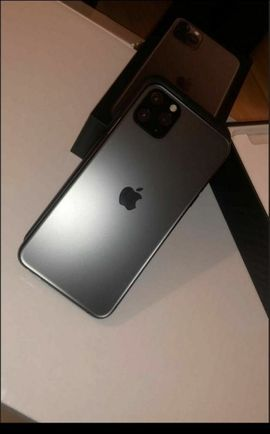 Apple iPhone - I Phone 11 pro 64