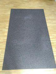 2 Unterlegmatten für Fitnessgeräte