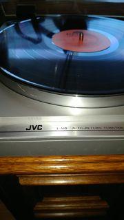 Plattenspieler JVC L-A10 incl Vorverstärker