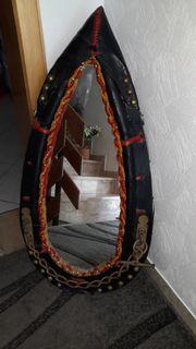 Spiegel im Pferde-Halfter