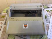Verkaufe funktionstüchtige Schreibmaschine Brother AX