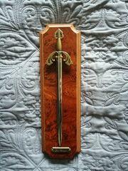 Wanddekoration Schwert Brieföffner