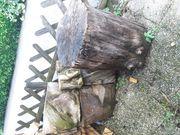 Grosser Hackstock und grosse Holzteile