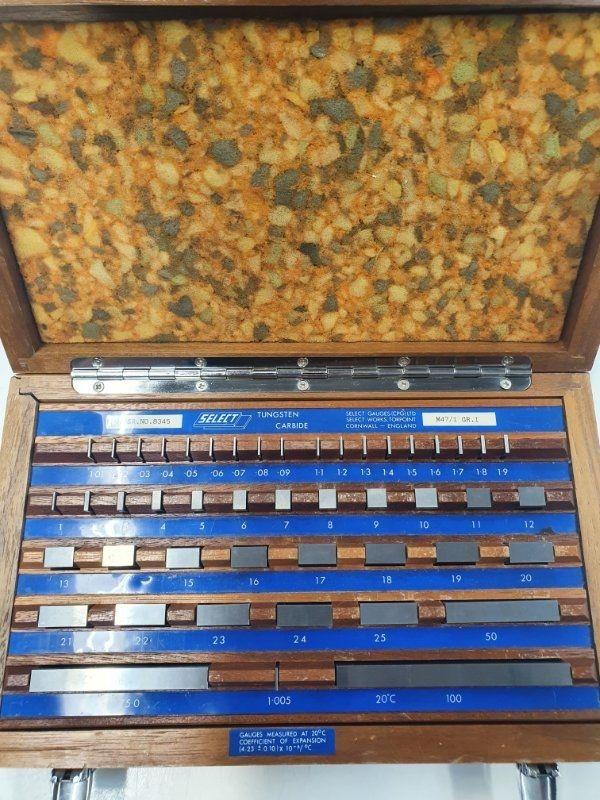 Hartmetall Endmaßkasten 47tlg in Holzkasten