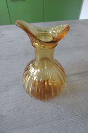 Kleine Vintage Vase Bernsteinfarben