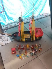 Großes Playmobil Piratenschiff mit Piraten