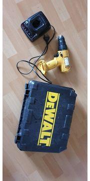 Akkuschrauber Dewalt 926 mit Ladegerät