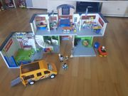 Playmobil Schule inkl Turnhalle Schulbus
