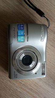 Gut erhaltene Olympus Digitalkamera FE-170