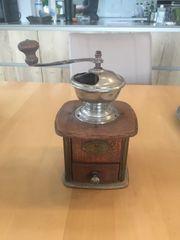 Alte Kaffemühle - CAugust Lehnartz - Qualitina -
