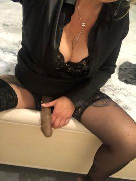 Sonstige Erotikartikel - Milf bietet Bilder und Videos