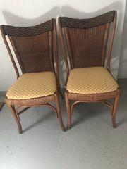 Zwei Stühle für Terrasse Garten