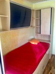 Neuwertiges Jugendzimmer flexibel aufstelllbar